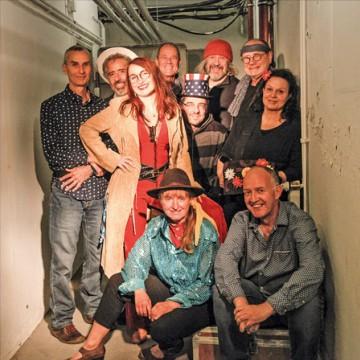 Veranstaltungsbild für Love & Peace & lange Loden – 50 Jahre Woodstock | Leipziger Liedernächte